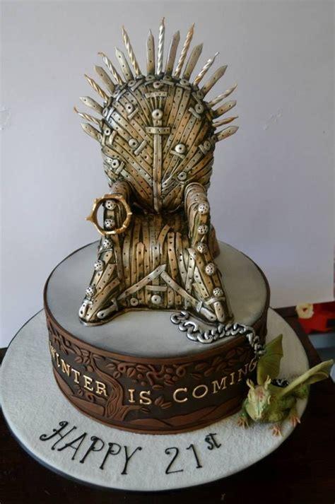 game  thrones cakes  pinterest iron throne game