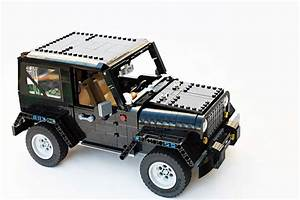 Lego Needs to Build This Fan-Made Jeep Wrangler ...