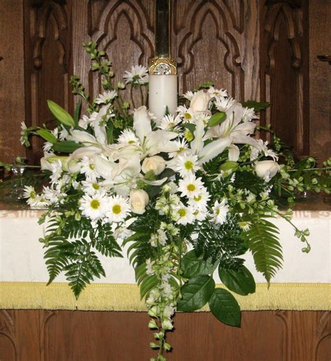 unity candle altar arrangement wedding church wedding