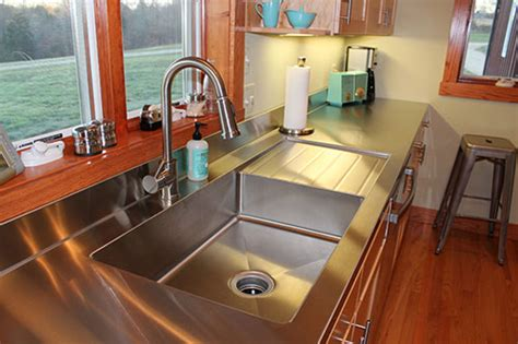 Kitchen Sink With Backsplash And Drainboard : 5 Ways To Do Stainless Steel Counter Tops In Your Kitchen