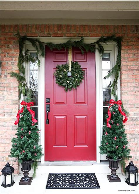 Christmas Front Door The Easy Way!  I Heart Nap Time
