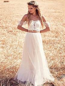 wedding dresses for 50 year brides 25 whimsical beautiful bohemian wedding dresses deer pearl flowers