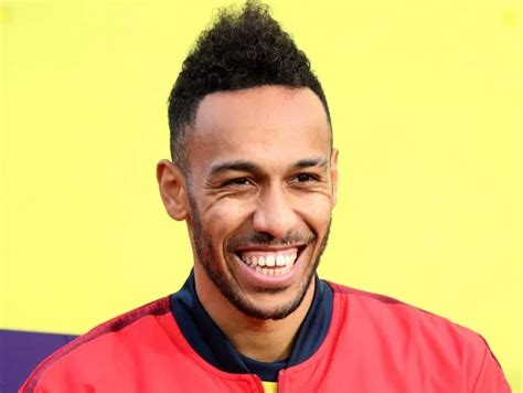Aubameyang 'agrees' to Barcelona transfer but move only ...