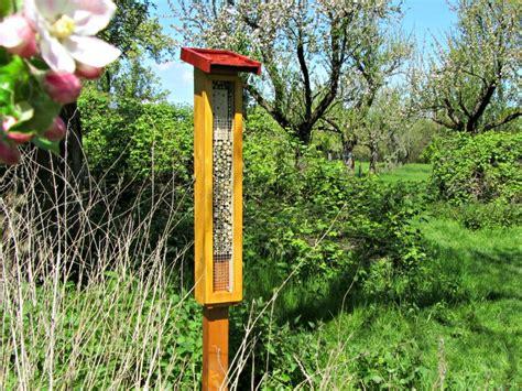 Zweig Le Selber Bauen Oder Einfach Kaufen by Wildbienenhotel Selber Bauen Oder Kaufen Bienenretter