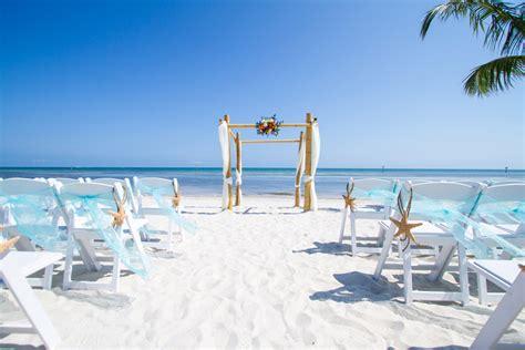 5 Ideas For A Great Beach Themed Wedding In Puglia