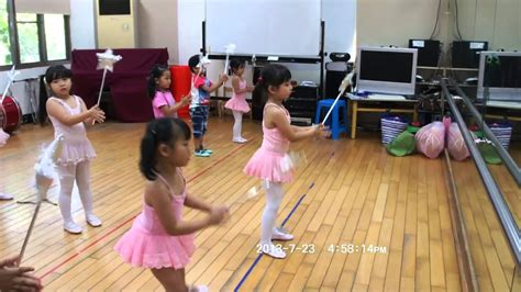 ballerina kostüm kinder kindergarten ballet practice ting yu