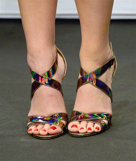 Katy-Perry-Feet-1153020 – Meeko Spark TV