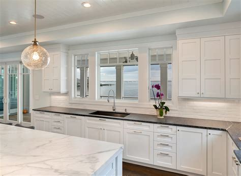 Kitchens With White Cabinets by White Transitional Kitchen Mantoloking New Jersey By