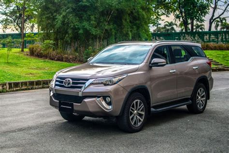 Toyota Fortuner Picture by Toyota Fortuner 2019 Pricelist Specs Promos Carmudi