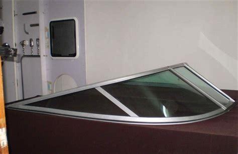 Whaler Tekne by Ibiş Marin Ibs Plexiglass Tekne Siperlik Değişimi Ve