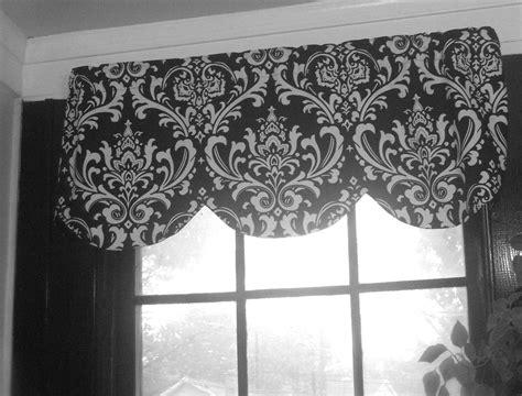 Bathroom Window Curtain Valance by The 25 Best Bathroom Window Curtains Ideas On