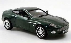 Aston Martin Miniature : aston martin vanquish miniature v12 verte norev 1 43 voiture ~ Melissatoandfro.com Idées de Décoration