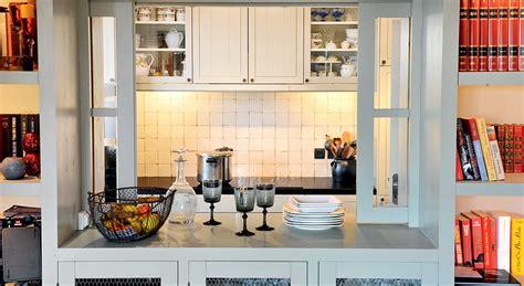 cuisine passe plat cuisine ouverte fenêtre et passe plats démonstration