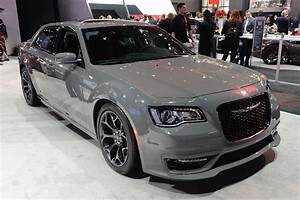 Chrysler 300 Srt8 : 2017 300s appearance package gains export only srt front fascia chrysler 300c forum 300c ~ Medecine-chirurgie-esthetiques.com Avis de Voitures