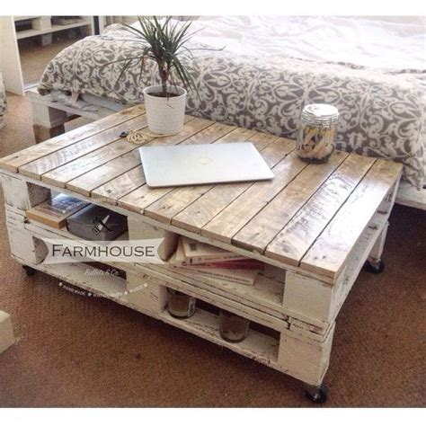 Der Couchtisch Aus Holzmodern Reclaimed Wood Coffee Tables With A Unique Style by Farmhouse Industrial Reclaimed Pallet Coffee Table