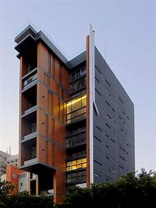 East Village / J.M.Bonfils and Associates | ArchDaily