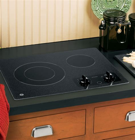 two burner cooktop ge 174 21 quot electric radiant cooktop jp256bmbb ge appliances