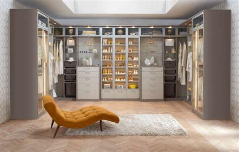 Big Closets by Amazing Big Walk In Closets To Draw Closet Design