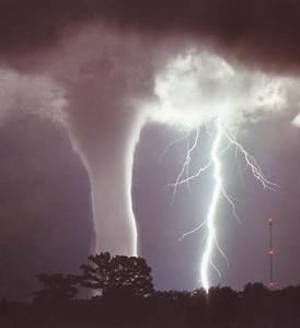 noaa-tornado-n-lightning | Fedhealth blog
