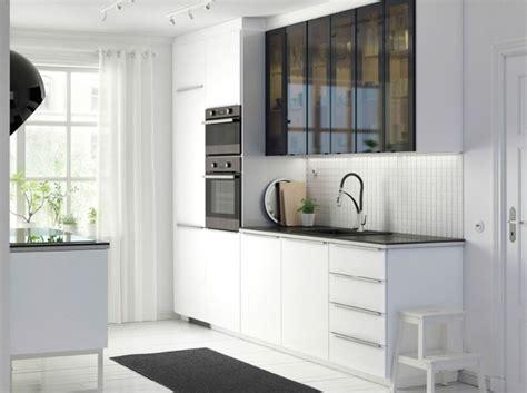 portes placards cuisine habiller porte placard cuisine ciabiz com