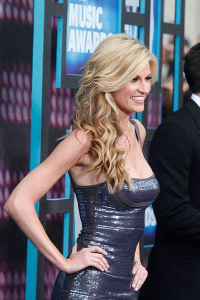 erin andrews hairstyles celebrity haircut ideas