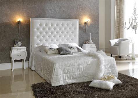 acheter votre lit contemporain capitonne blanc avec coffre