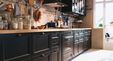 Küche In Schwarzbraun, Arbeitsplatte Aus Eiche Ikea