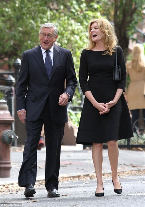 rene russo intern rene russo keeps the mood light with the intern co star