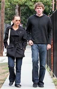 John with Rashida - John Krasinski Photo (699697) - Fanpop