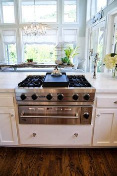 kitchen countertop backsplash 1000 images about gas stoves on stove 1003