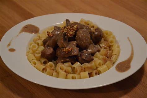 cuisines rognon rognons de boeuf carottes chignons et sauce moutarde