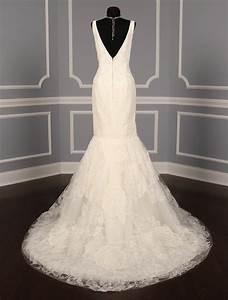 Vera wang macy size 8 wedding dress oncewedcom for Used wedding dress stores