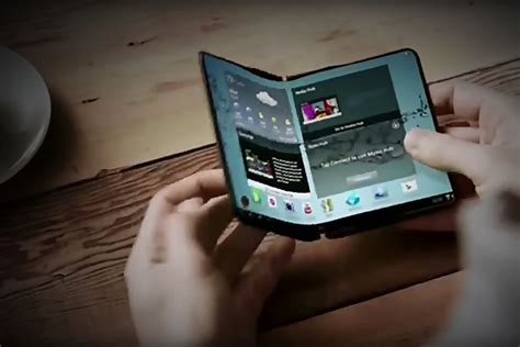 huawei confirms 2019 s foldable phone will be 5g