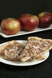 Apple Pie Pizza Dessert