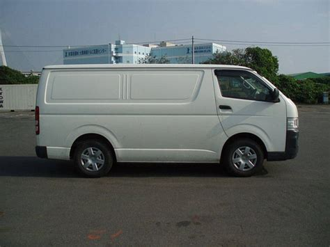 Toyota Hiace Picture by 2006 Toyota Hiace Pictures