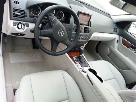 Mercedes benz c class has the expensive taste at an affordable price. 2011 Mercedes-Benz C-Class - Interior Pictures - CarGurus