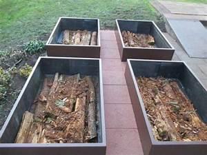 Potager En Bac : r aliser potager en carre mais en permaculture avec une couche de bois des jardinage ~ Preciouscoupons.com Idées de Décoration