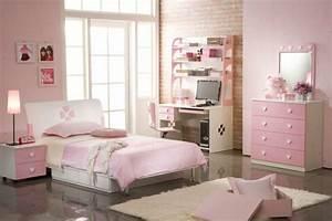 Commode Chambre Fille : la commode coiffeuse vous offre un confort pratique ~ Teatrodelosmanantiales.com Idées de Décoration