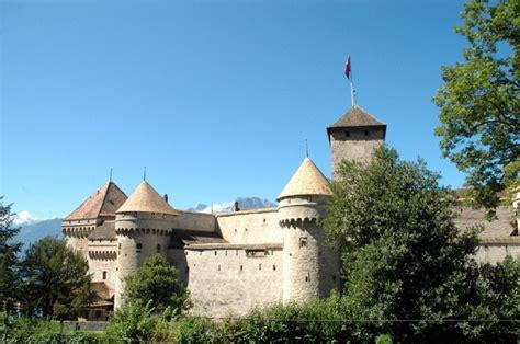 cuisine bernard château de chillon en suisse vers montreux visité par les voyageurs du temps pour animations
