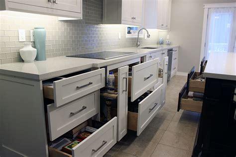 toronto  thornhill custom modern kitchen design