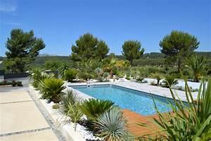que mettre autour d une piscine stunning que mettre With quelle plante autour d une piscine