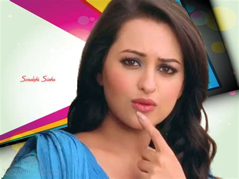 Hot Actress Sonakshi Sinhas Kissable Lips