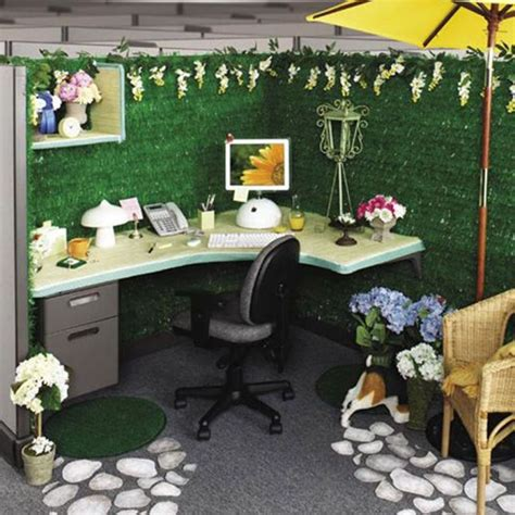 desk decoration themes in office 33 best cubicle office decor images on pinterest cubicle