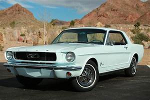 """Ford Mustang Limited Edition """"Sprint 200"""" Coupe Package """"B"""" 