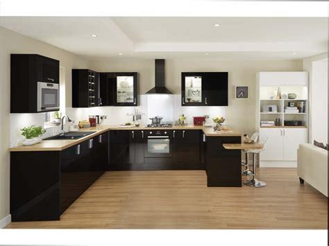 id d o cuisine cuisine noir et bois cuisine bois noir 20 ides de
