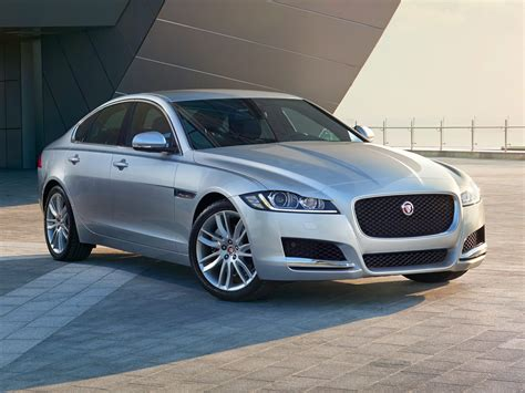 Jaguar Xf Picture by New 2017 Jaguar Xf Price Photos Reviews Safety