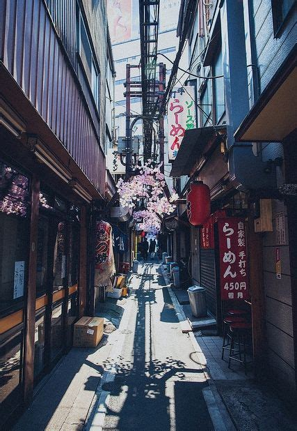 japan street scenes store fronts images