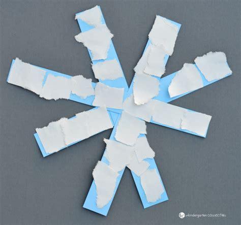 snowflake craft preschool easy paper snowflake craft winter activities for 978