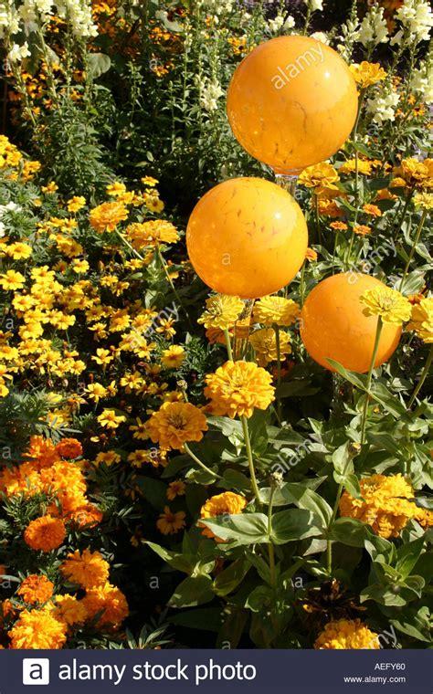 Garten Kaufen München by Runde Gelbe Garten Glaskugeln Buga M 252 Nchen Bayern