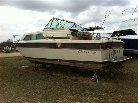 chris craft express cruiser   sale